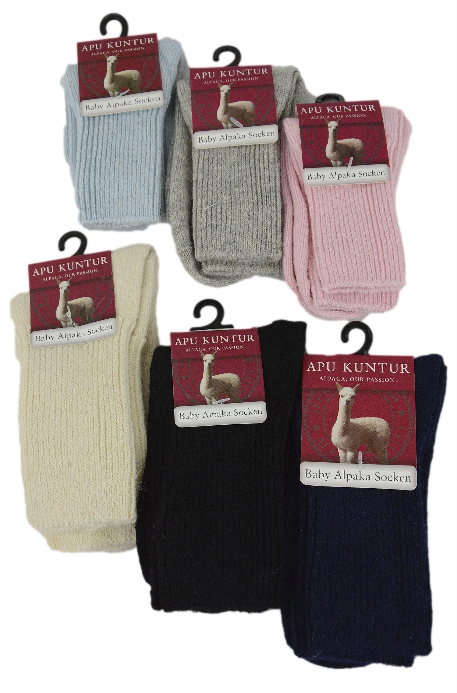 Baby alpaca uldsokker til de små - Lækre sokker i høj kvalitet med det bløde og varme baby alpaka uld i flere farvevarianter. Har det optimale mix af fibre for at sikre formen holdes selv efter mange vaske. Er produceret fair trade og med aloe vera. Størrelser: 15-29 Materiale: 70% baby al